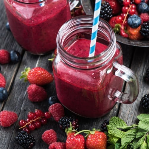 infused berry smoothie